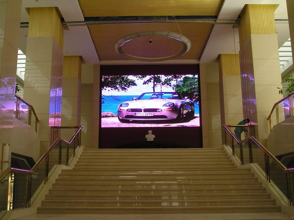 Светодиодные экраны для банков 1